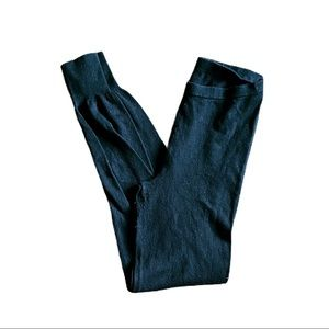 MODA International Sweater Leggings